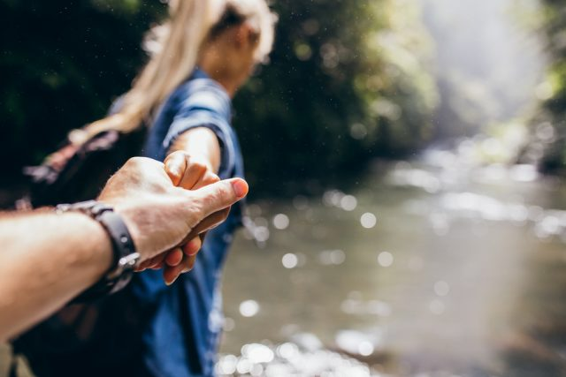 手の指と爪