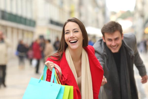 なぜ女性は買い物デートをしたいのか