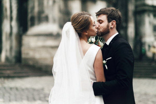 男性必見!キャリアウーマンが結婚したいと思う男性の特徴と条件