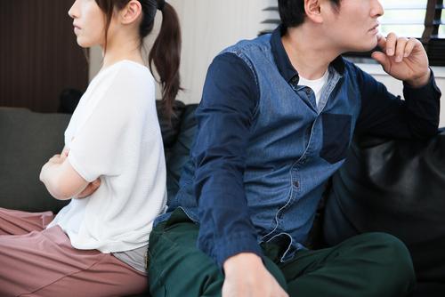【仮面夫婦はバレる】ちぐはぐ夫婦の特徴と子供に与える影響とは