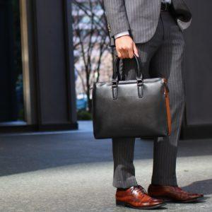 スーツに合うビジネスバッグ