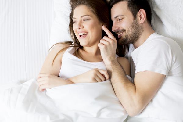 【女性の本音】腕枕は好き?それとも嫌い?