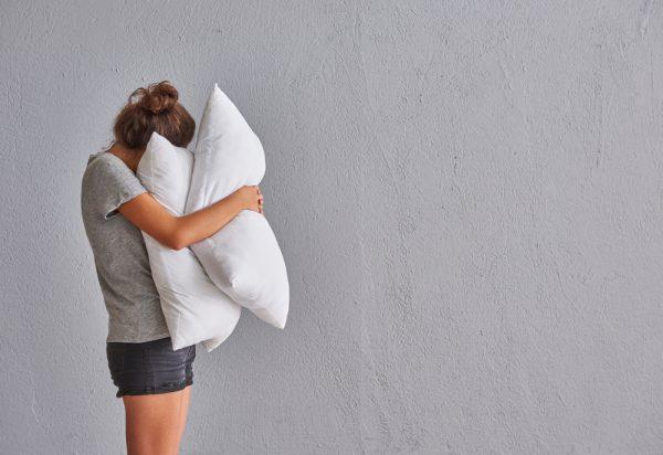 腕枕が嫌いな女性が多い理由
