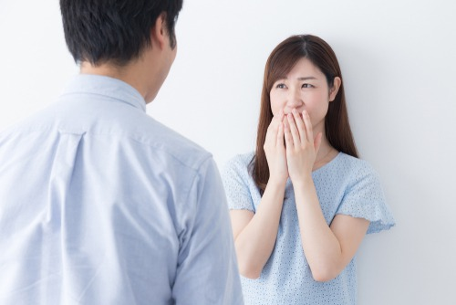 女性が感じる「生理的に無理な男性」とは? その意味と特徴6つ