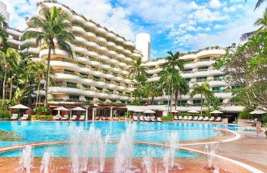 静かな時間を過ごすなら「シャングリ・ラ ホテル シンガポール」