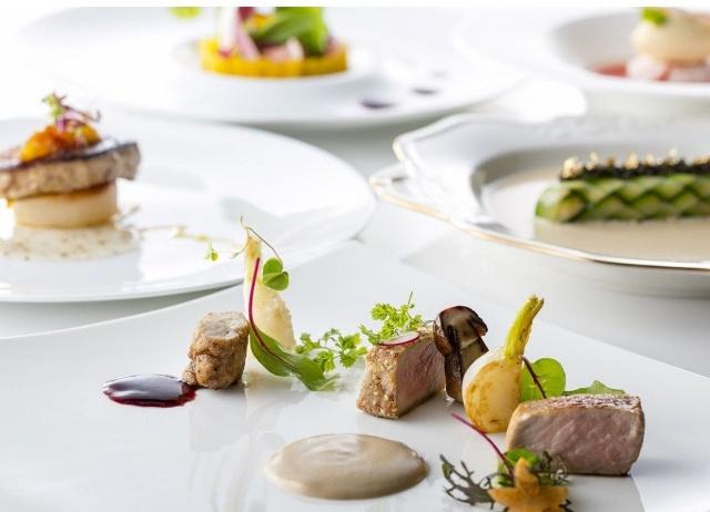金谷リゾートホテル 箸で食べるフレンチ