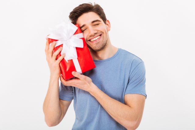 男性へのプレゼントにメンズコスメがおすすめな理由