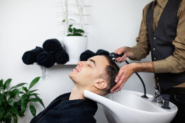 髪を洗うときの注意点