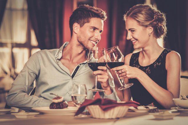 友人から女性を紹介された時。大人デートで「誠意」を見せる方法を知る