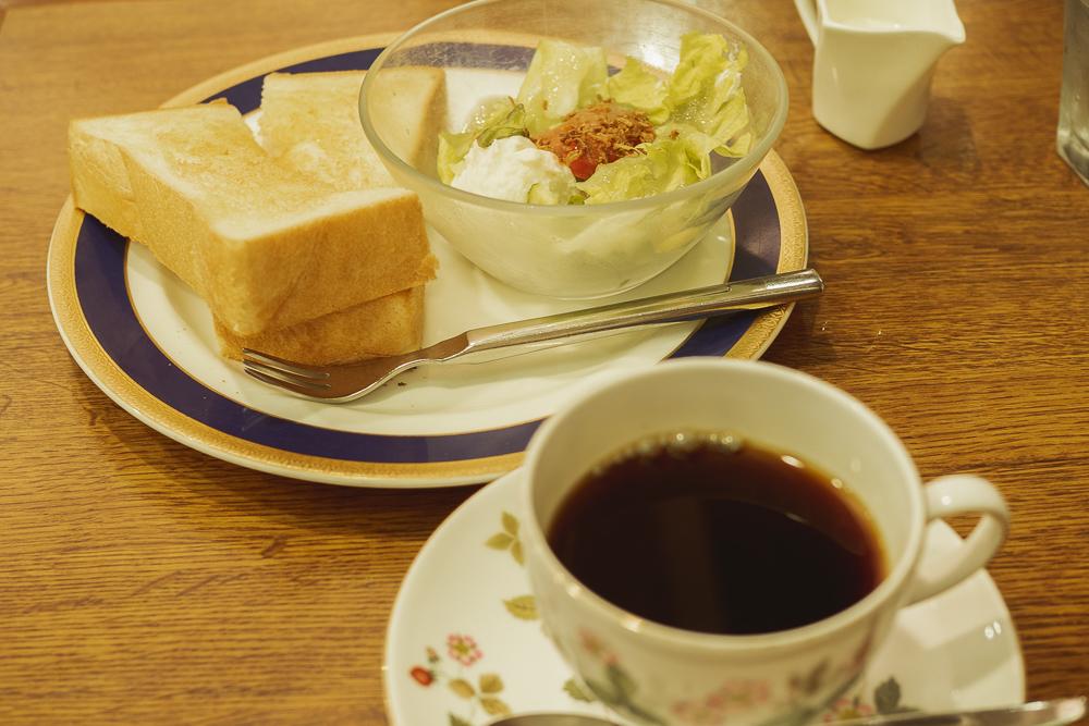 モーニング文化発祥の味を東京で『カフェ英國屋』