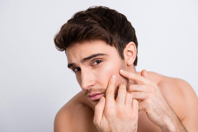髭剃りによる肌へのダメージ