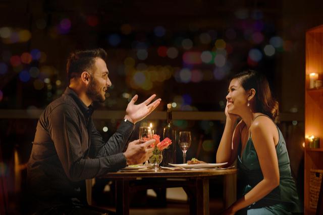 金曜日の夜がデートの狙い目である4つの理由
