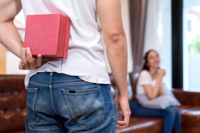 【女性が欲しいもの】貰って嬉しい失敗しないプレゼントの選び方