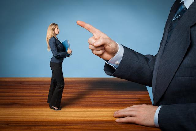 仕事について干渉をしない男性