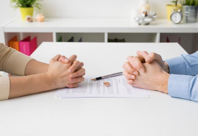 共働き夫婦の離婚理由とは。養育費・慰謝料・財産分与はどうなる?