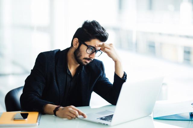 職場内恋愛で考えられるリスクと回避方法