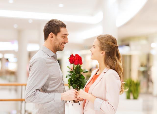 職場内恋愛はどんなときにはじまる?