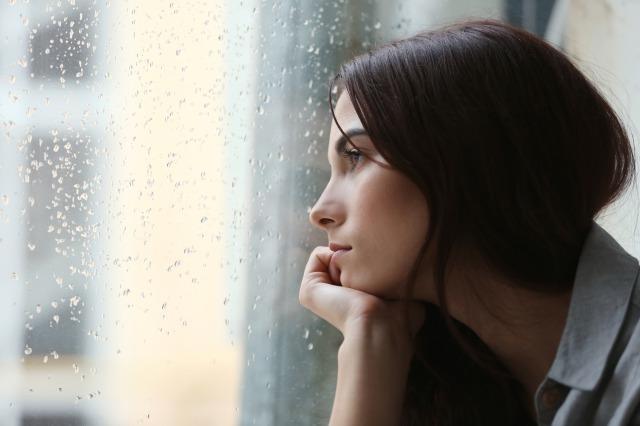 「寂しい人妻」が不倫を考える理由