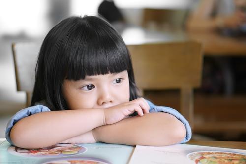 仮面夫婦が子供に与える影響