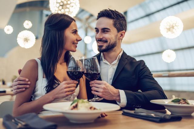 職場内恋愛を成功させるアプローチ方法